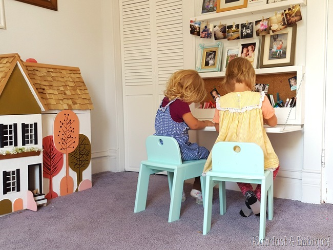 DIY fold-down children's desk with storage inside... FREE PLANS!