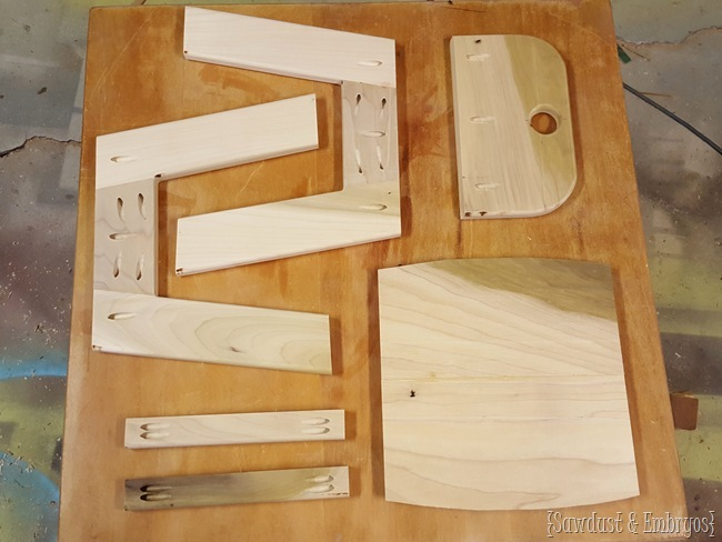 Cut list of cute kids chairs... FREE BUILDING PLANS! {Sawdust and Embryos}