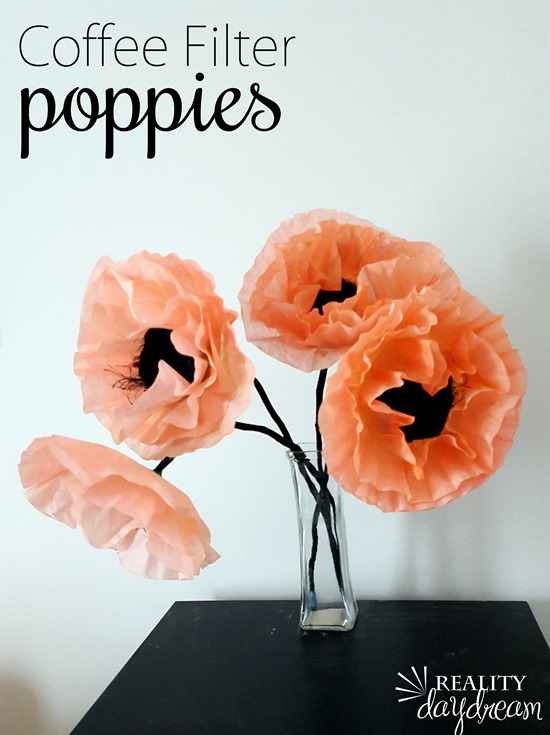 Make genuine-looking poppies with coffee filters and food coloring! {Reality Daydream}