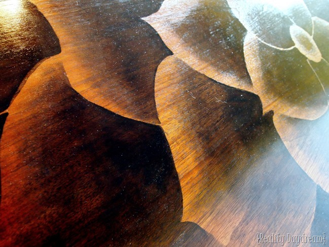 Learn the secrets to shading with wood stain in this beginner's tutorial. {Reality Daydream}