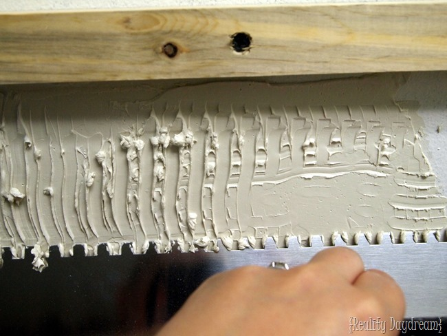 Notched Trowel ~ Installing a Mosaic Backsplash {Reality Daydream}