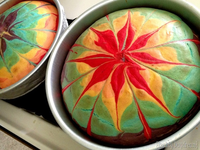 Bake a super bright rainbow tie-dye cake! {Reality Daydream}
