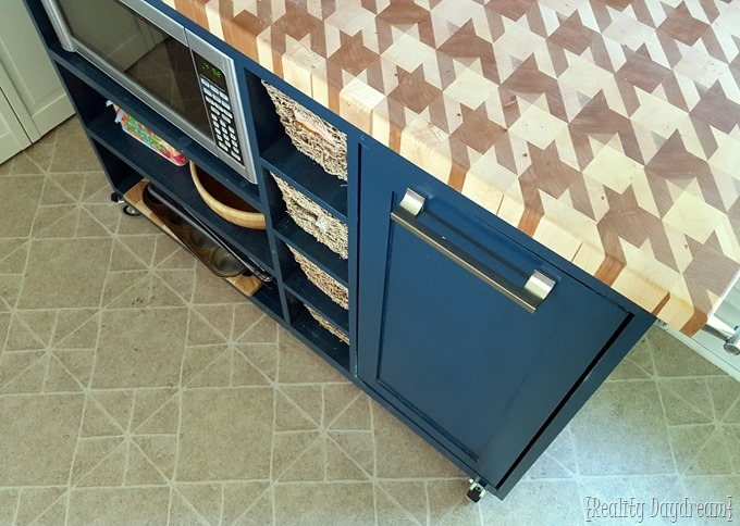 Houndstooth pattern butcherblock counter {Reality Daydream}