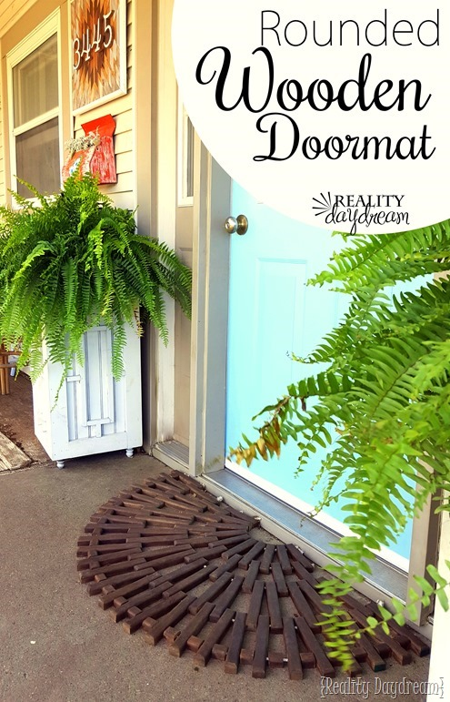 Wooden Doormat Tutorial {Reality Daydream}