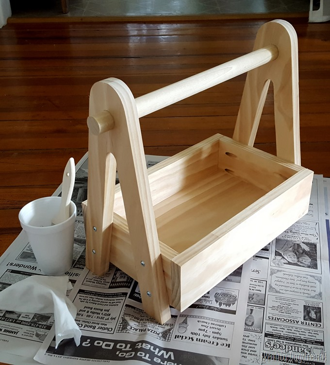 DIY Wooden Storage Caddy... can be customized to any dimensions! {Reality Daydream}