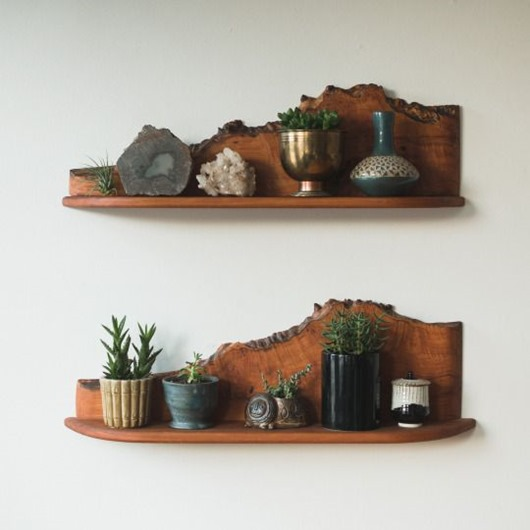 Tons of different ways to use live edge elements in your decor!