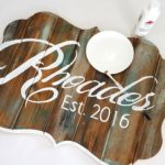 DIY Bracket-Shaped Barn Board Sign