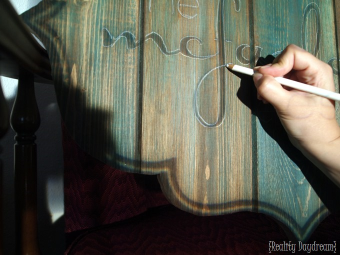 Creating a 'Barn Board' Sign using a Projector and a Scroll Saw! {Reality Daydream}