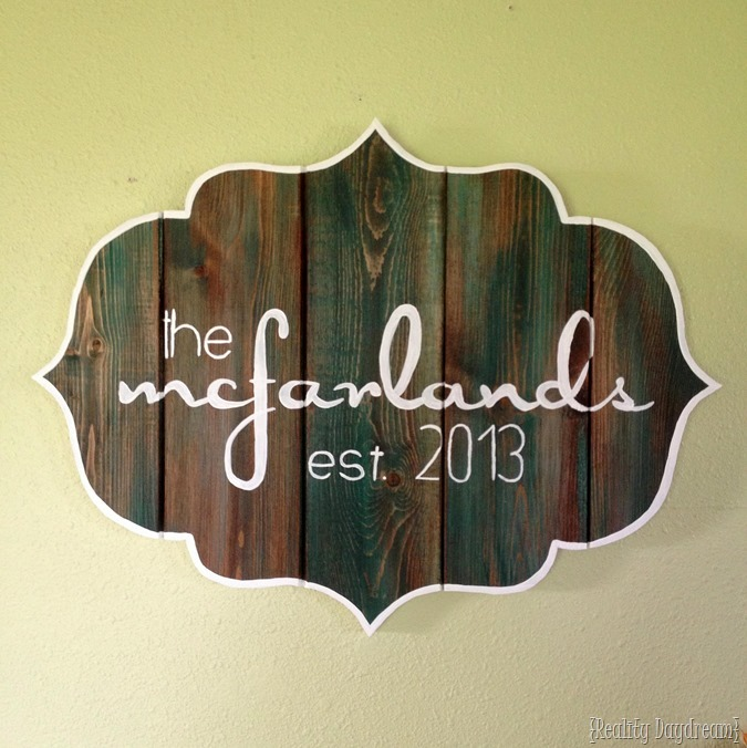 DIY Bracket-shaped Barn Board Sign or Wooden Plaque ...lean how to HAND-PAINT perfect lettering in any font! {Reality Daydream}