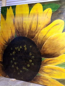 Sunflower Shading with Stain Wall Art {Reality Daydream}