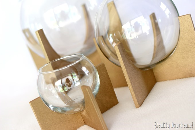 DIY Glass Globe Terrariums... with fake succulents! {Reality Daydream}
