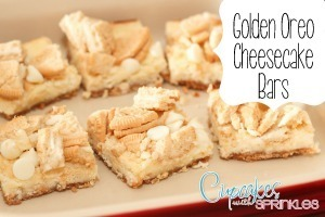 Golden Oreo Cheesecake Bars... YUM! Click through for the recipe!