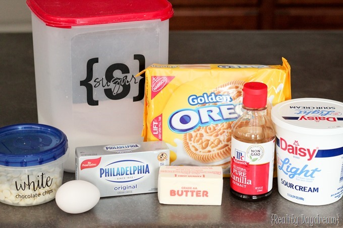 Ingredients for Golden Oreo Cheesecake Bar Recipe