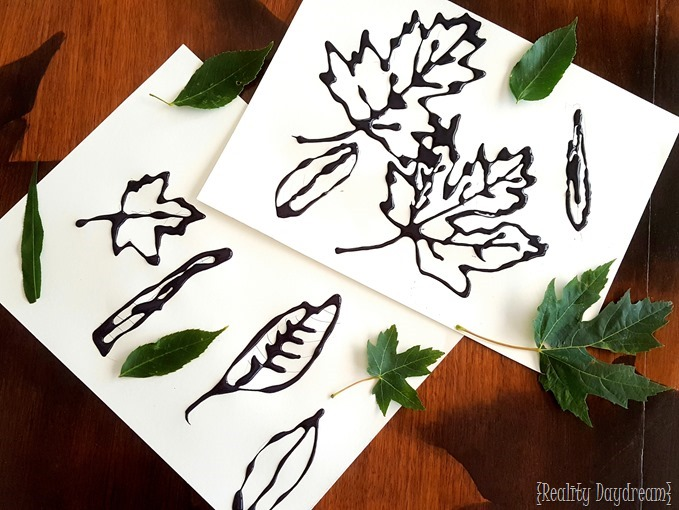 Kids nature craft using leaves, glue and watercolors! {Reality Daydream}