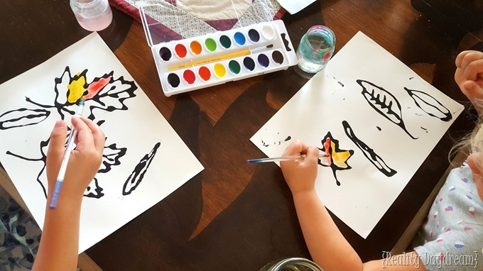 Watercolor kids craft using glue and leaves from nature! {Reality Daydream}