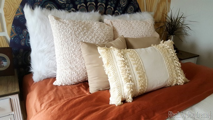 Diy Wool Pillow Case: Macrame Fringe Pillow Cover Tutorial    using tassel trim!,