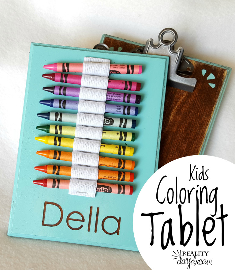 kids-travel-crayon-activity-tablet-with-crayons-and-paper-reality-daydream-1-768x880