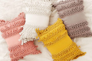 Macrame Fringe Trim Pillow Tutorial