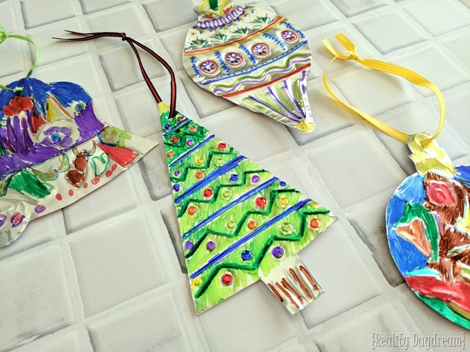 DIY Embossed Metal Christmas Ornaments! A fun kids craft too! {Reality Daydream}