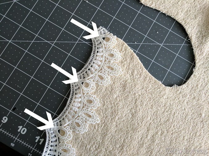 Make your own little bibs for baby or toddler... lacey for girls! {Reality Daydream}