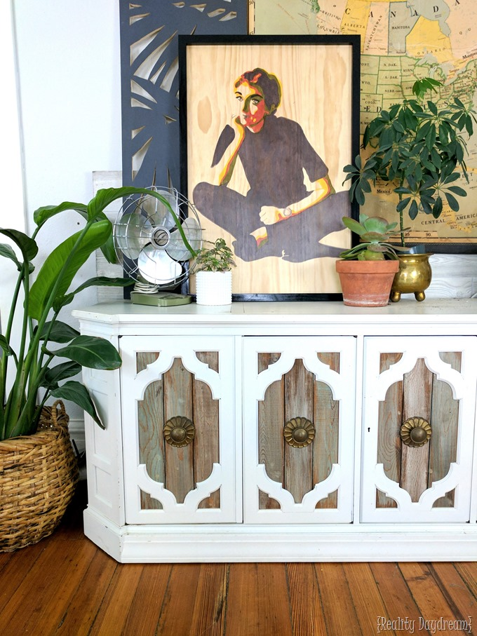 make a posterized portrait 'paint by number' artwork with stain on wood! {Reality Daydream}