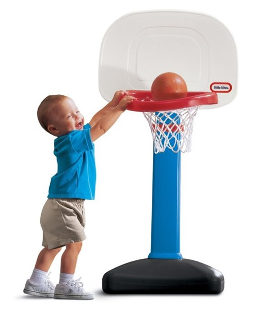 Adjustable Little Tikes Basketball Hoop for toddlers and kids - 2-year old gift guide {Reality Daydream}