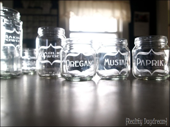 Etch baby food jars for your SPICES! {Reality Daydream}