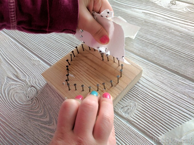 Kids string art for beginners... hear shaped for valentine's day! {Reality Daydream}