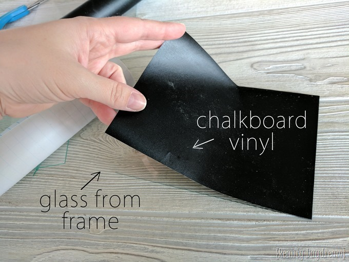 use chalkboard vinyl to make a Chalkboard Frame Menu Meal Planner {Reality Daydream}