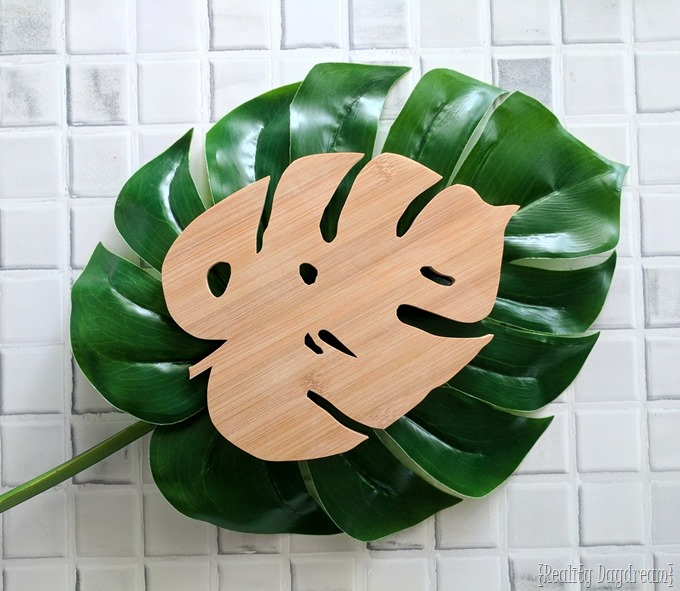 Wooden Monstera Leaf Trivet made out of a bamboo cutting board (with a scroll saw!) - Reality Daydream