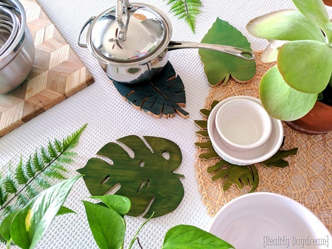 Wooden botanical leaf trivets in the shape of different plants! #scrollsaw {Reality Daydream}