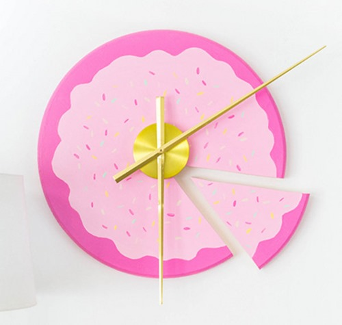 Cake Slice DIY CLock - Dream Green DIY