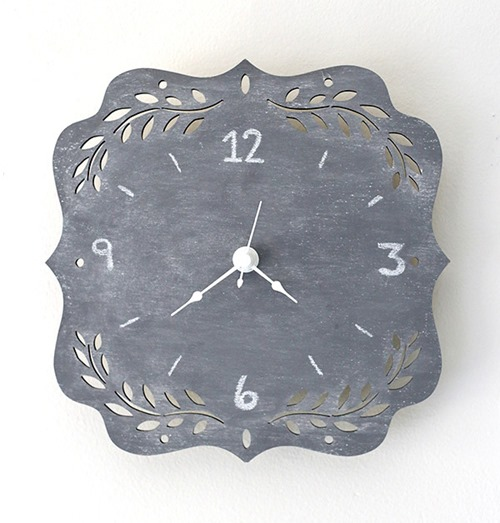 DIY CHalkboard Clock by Little Red Window