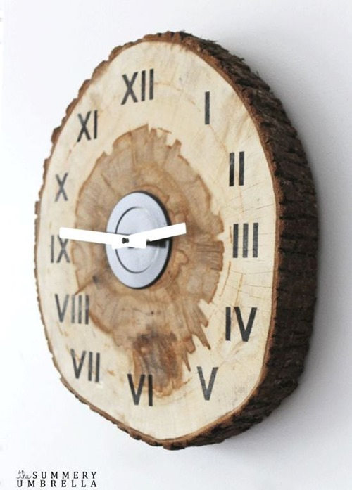 Wood Slice DIY CLock - Summery Umbrella