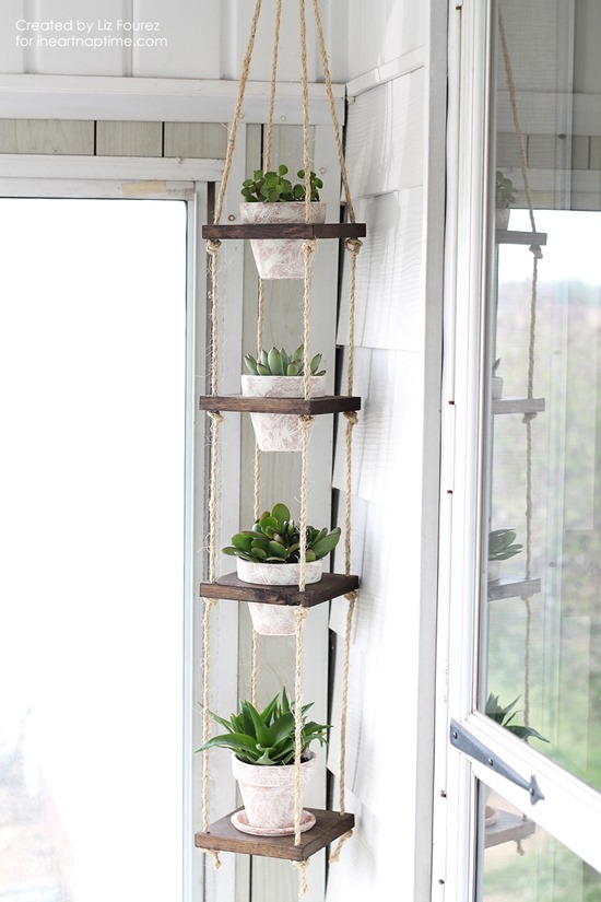 DIY Hanging Vertical Planter - part of a roundup of unique living walls by Reality Daydream!