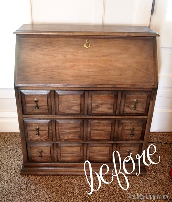 How to whitewash a piece of furniture... it's easy! {Reality Daydream}