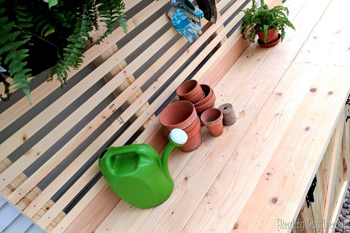 Potting Bench with hidden Garbage Enclosure - FREE BUILDING PLANS! {Reality Daydream}