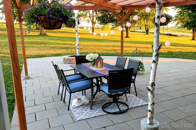 Patio makeover by Reality Daydream!