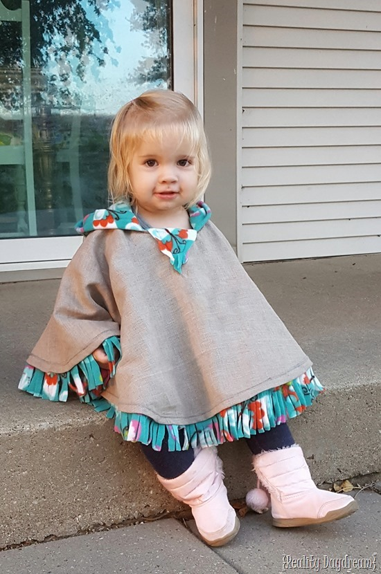 Hooded fleece-lined carseat poncho for girls OR boys! Can be made to be reversible too! {Reality Daydream}