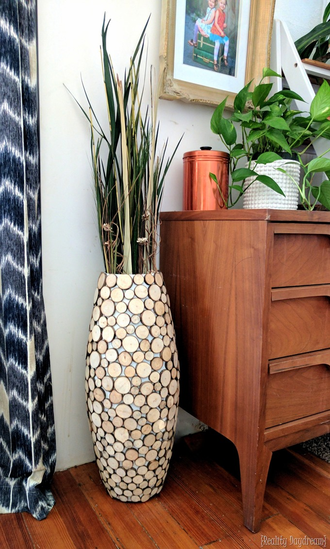 Tutorial to make this Wood Slice Floor Vase with branches from your yard and a cheap vessel from Walmart {Reality Daydream}