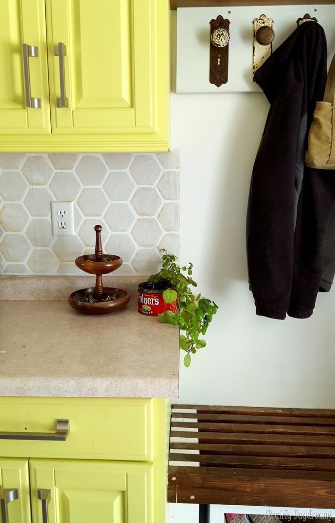 Chartreuse yellow kitchen cabinets with hexagon backsplash {Reality Daydream} #farmhouse