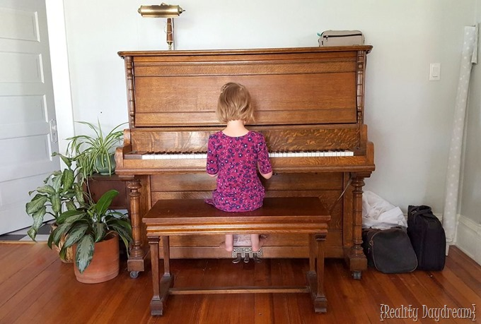 Uncle Kents Wooden Piano {Reality Daydream}