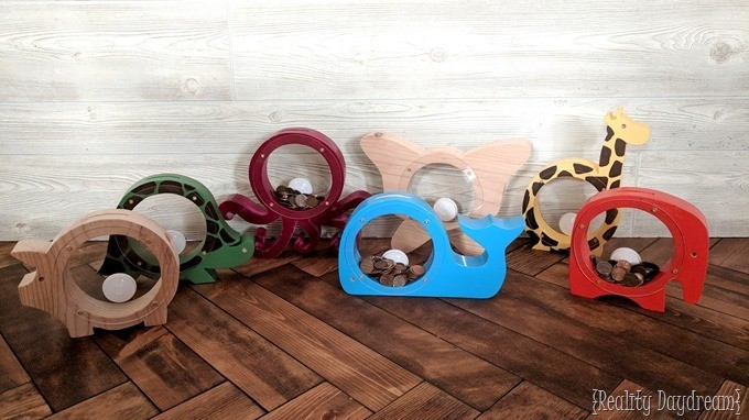 Wooden animal-shaped banks with acrylic sides so you can see the money! {Reality Daydream}