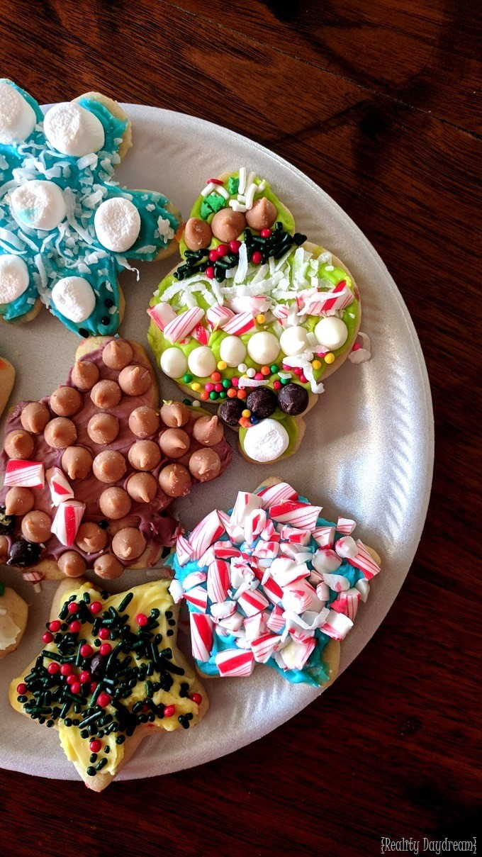 Have a holiday party and decorate Christmas Cookies! {Reality Daydream}