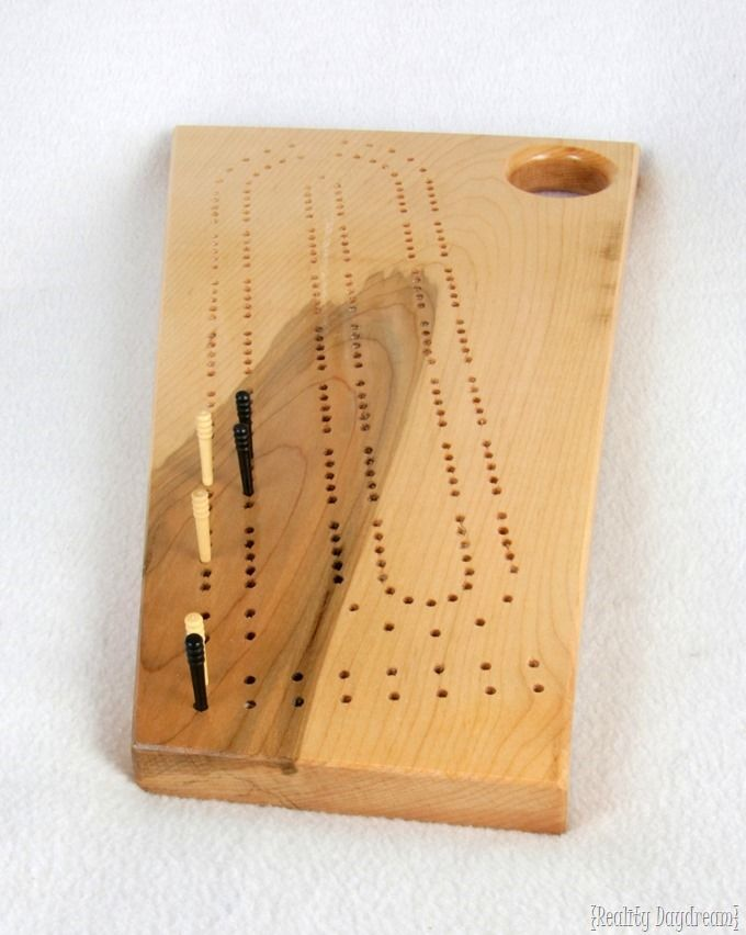 How to make a Cribbage Game #tutorial #board #homemade {Reality Daydream}