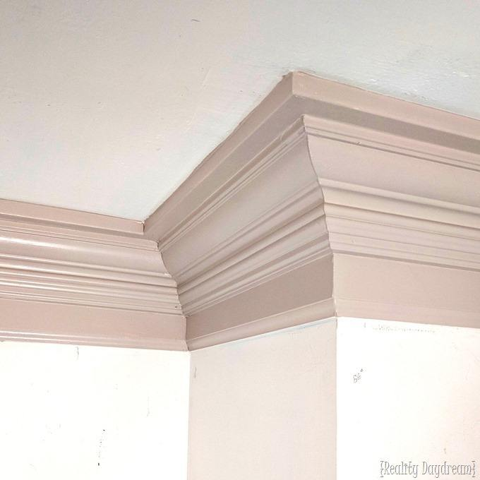 How to install super chunky crown molding, and paint it! {Reality Daydream}