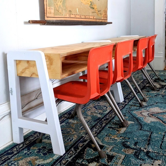 Kids Craft Table that Extends twice as long with a piano hinge! {Reality Daydream} #desk #white #convertible