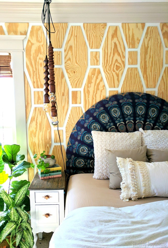Master Bedroom Crown Molding Installation #boho #colored #chunky {Reality Daydream}