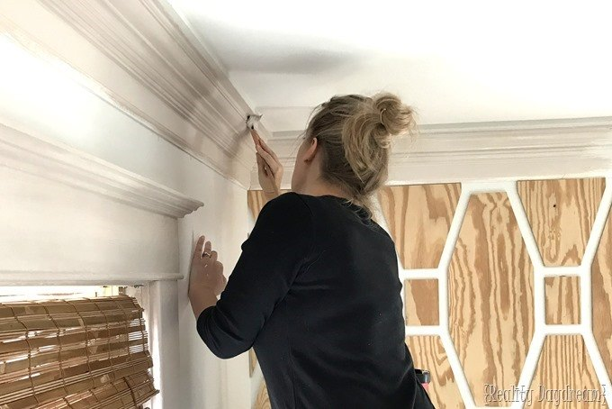 Painting crown molding a color instead of white! {Reality Daydream}