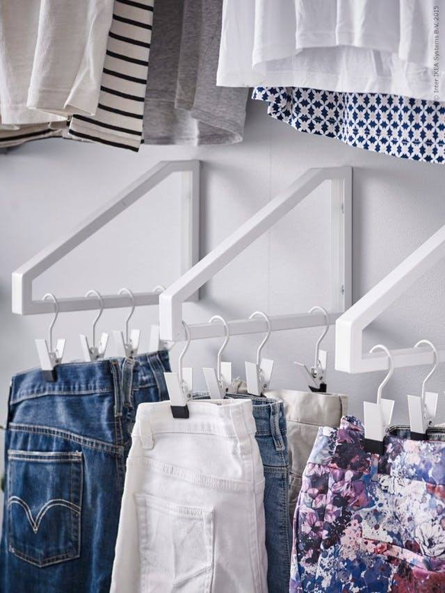 Closet organizers and ideas for maximizing space in small closets {Reality Daydream}